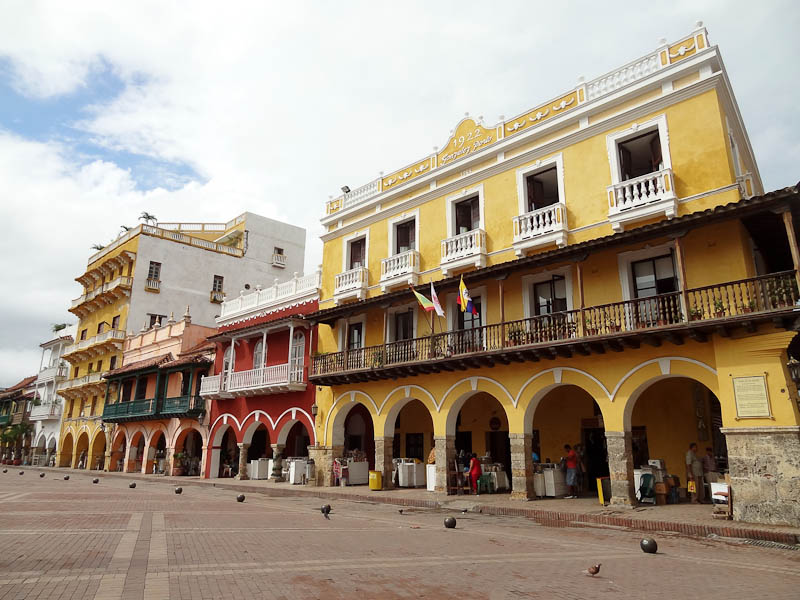 Old City - Plaza Aduana