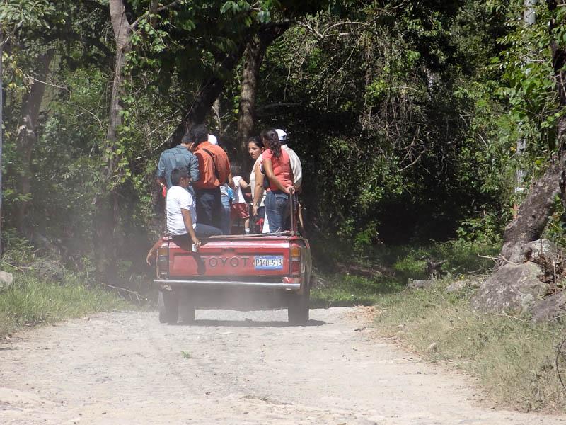 Pickup Truck - Yoloaiquin, El Salvador