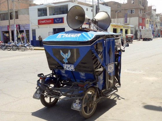 The Announcemobile - Casma, Peru