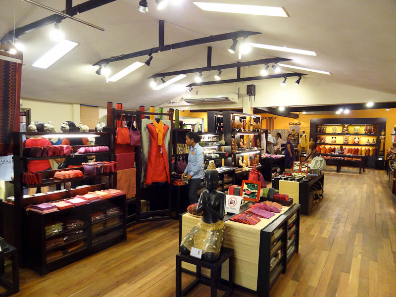 Artisans Angkor Store