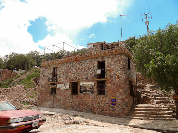 old house in cerro san pedro