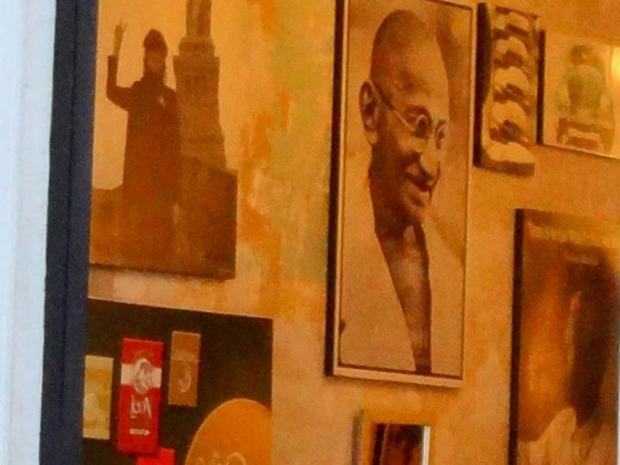 Cafe Leon with lennon, gandhi, mandela