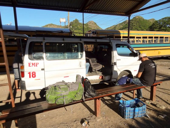 Microbus El Salvador Border To Nicaraguan Border Through Honduras
