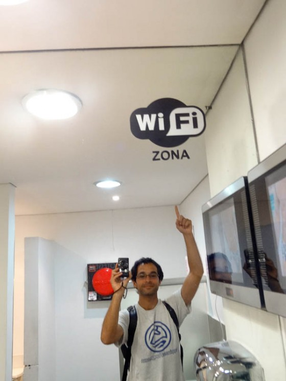 Wifi Zone..In The Bathroom