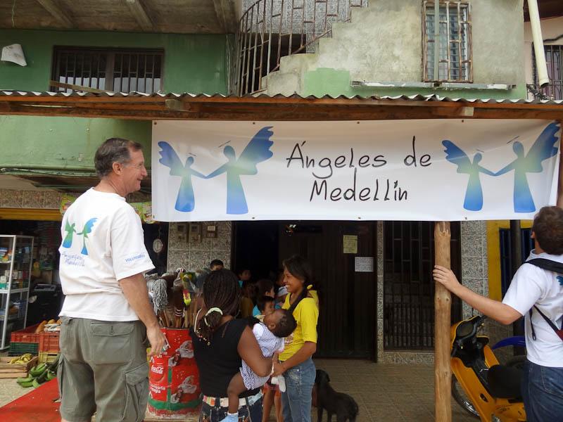 Marcos And Angeles De Medellin