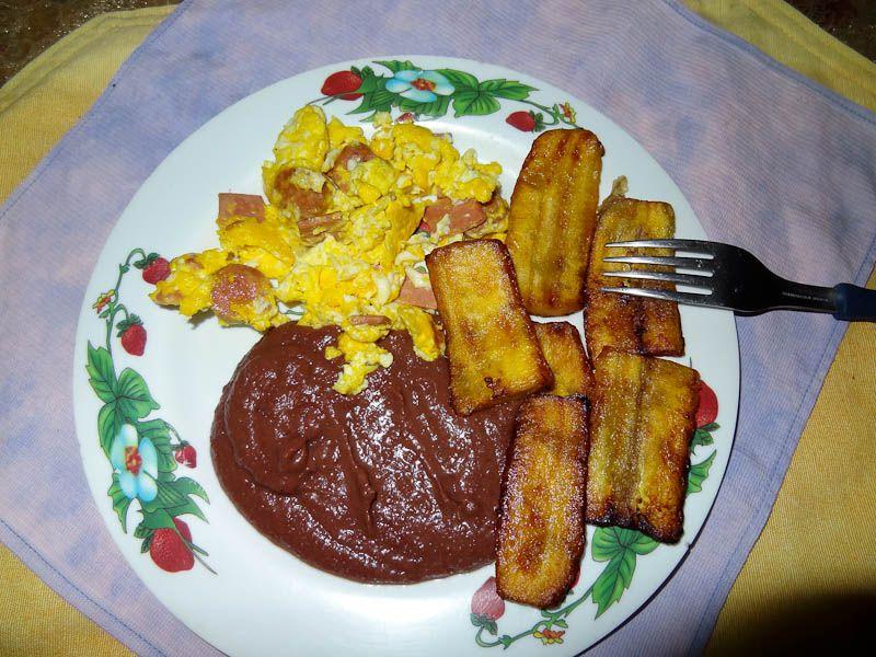 El Salvadoran Food