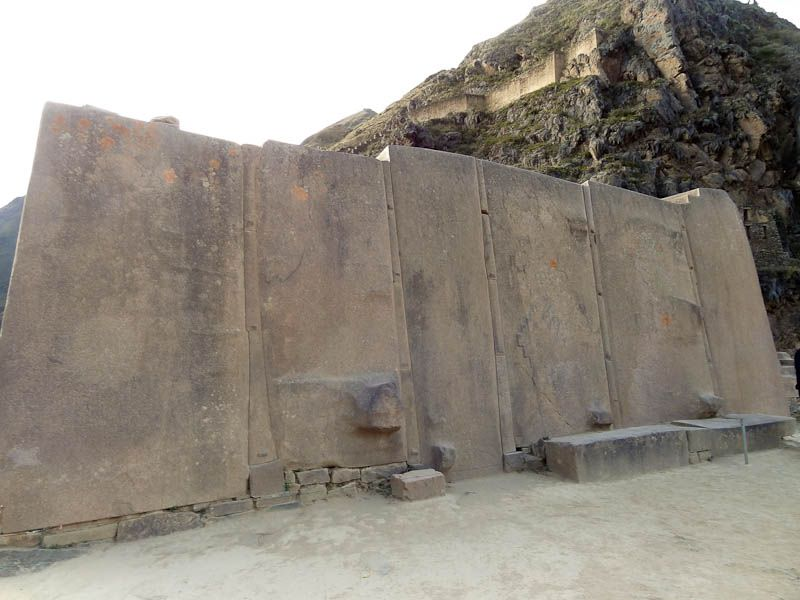 The Six Monoliths In Sun God Temple