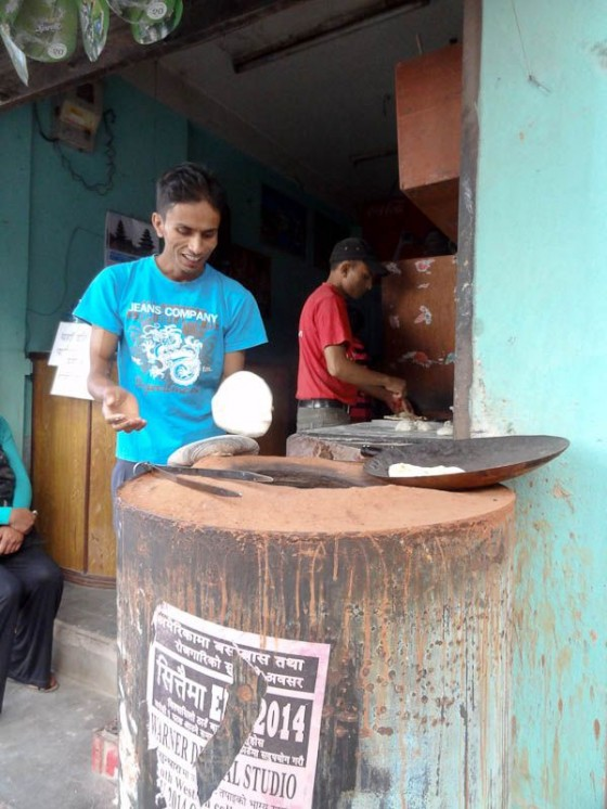 Making Roti In A Tandoor